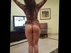 horny dance ass show solo girl