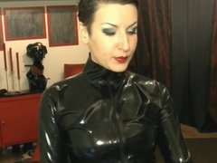 View now this great BBW playing live on