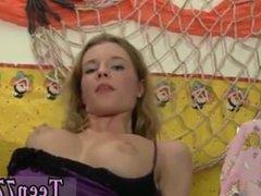 Mia khalifa bathtub blowjob and desi ass cum Slutty Angel likes the taste