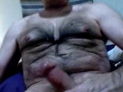 Hairy daddy bear shooting tons of cum
