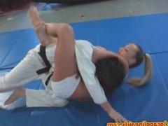 Fitness girl vs karateguy