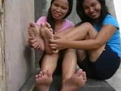 Asia feet tickled