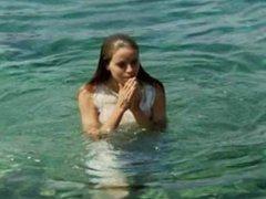 Ena Begovic - Naked Swimming, Oily Boobs + Sex Scene - Pad Italije (1983)