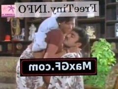 Desi Bhabhi Reshma Hot B Grade Movie Scene