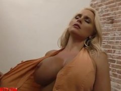 Big tits milf hardcore with cumshot
