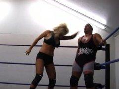 Amy Love vs Danny Demanto