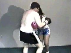 girl box a man out