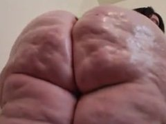 Ssbbw ass oiled up