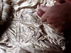 Cum on shiny gold H&M Divided jacket