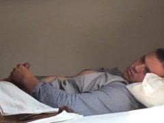 Paja en el hostel 2 / Jacking off in hostel part 2 / almost9inches video