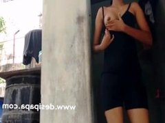 Indian Teen Flashing Natural Tits