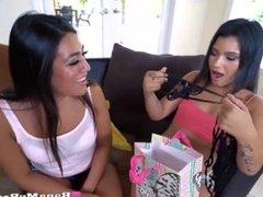 Hot Girl Friends Lesbo Threesome Fun Day