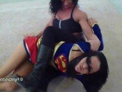Supergirl vs Herra