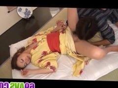 Sakura Hirota tries the dick in both her puss