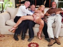 girl sex Frankie And The Gang Tag Team A Door To Door