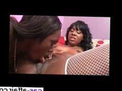 Date her on CAS-AFFAIR.COM - Lesbians Ebonies Sharing Pink Dildo