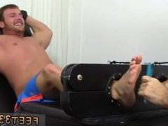 Feet mens gergay man Wrestler Frey Finally