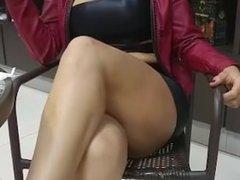 Public flashing pussy - Hot MILF