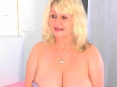 Mature wife with huge tits masturbating