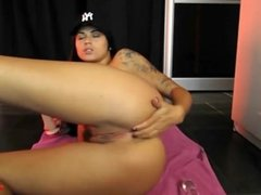 Tattooed Hottie Big Toy Anal Squirting Cam