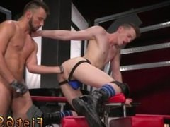 Man having sex with sex machine gay porn Sub fuckfest pig, Axel Abysse