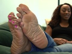 Naomi's Candid Stinky Soles Part 6