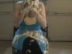Cute Girl Pied and Slimed