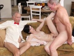 Old german threesome Frankie heads down the Hersey highway