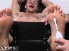 Gay boy licks feet and boys feet worship