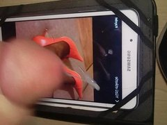 Tribute on kasiaslodka's feet and red heels picture