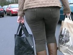 Krystle from DATES25.COM - Candid big ass milf in tight jeans and boots