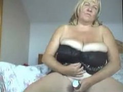 Big boobed webcam. Kaye LIVE on 720cams.com