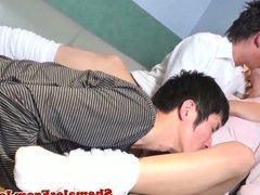 Japanese newhalf assfucking in threesome
