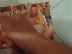 Cum on sexy magazine girl