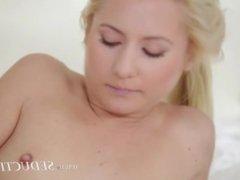 Hardcore cock gag in luxury massage room