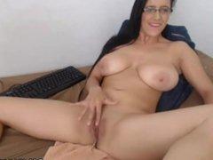 Big Tit MILF on Webcam