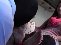 Starr's footslave worships her feet part one