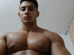 Bodybuilder Muscle Cam Pec Bounce and Flexing