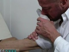 Boys feet twink and gay men with big shaved legs and asses Dolf's Foot