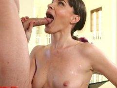 Hot milf oral and cumshot