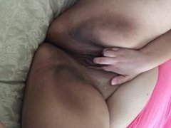Cute amateur BBW Masturbates for you