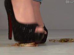 high heels crushing