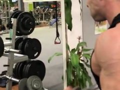 Young Muscle stud training and flexing
