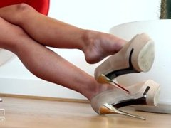 hot tits blonde high heels and feet more at www.tubeviral.com/BC