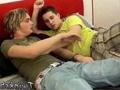 Gay teen feet blowjob tumblr Bareback Foot Loving Boys