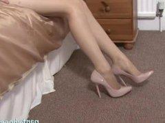Sexy Blonde Nathalie Rubs Her Twat