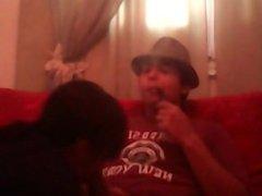 Zorra me la chupa mientras fumo