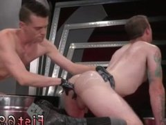 Gay men fisting atlanta In an acrobatic 69, Axel Abysse inserts his