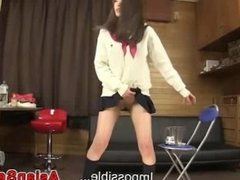 Japanese Schoolgirl Pee Desperation Game
