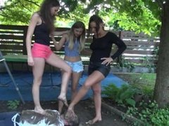 MUDDY FEET WORSHIP. 3 GIRLS. EXTREME.